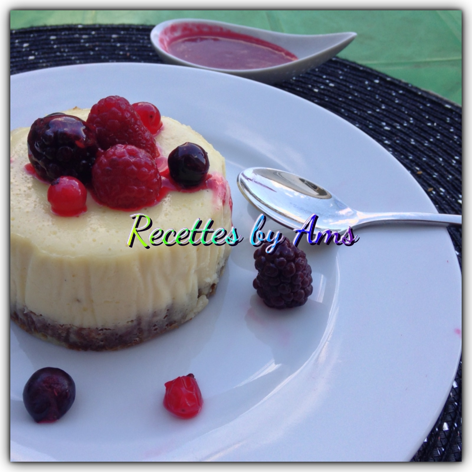 Cheesecake aux fruits rouges coulis framboise maison ��