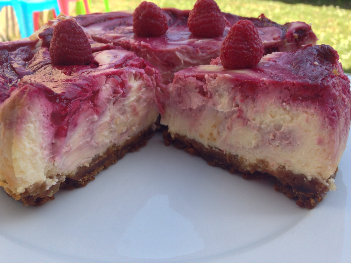 Cheesecake du starbuckk coffee au chocolat blanc coulis de framboise