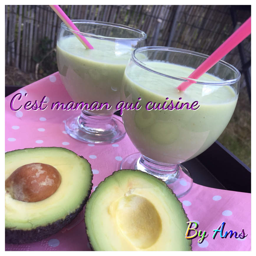 Smoothie avocat amande